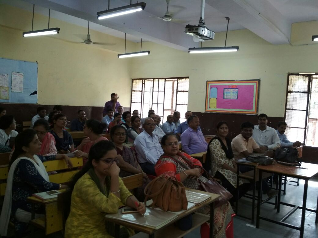 WORKSHOP FOR USING INTERACTIVE BOARD